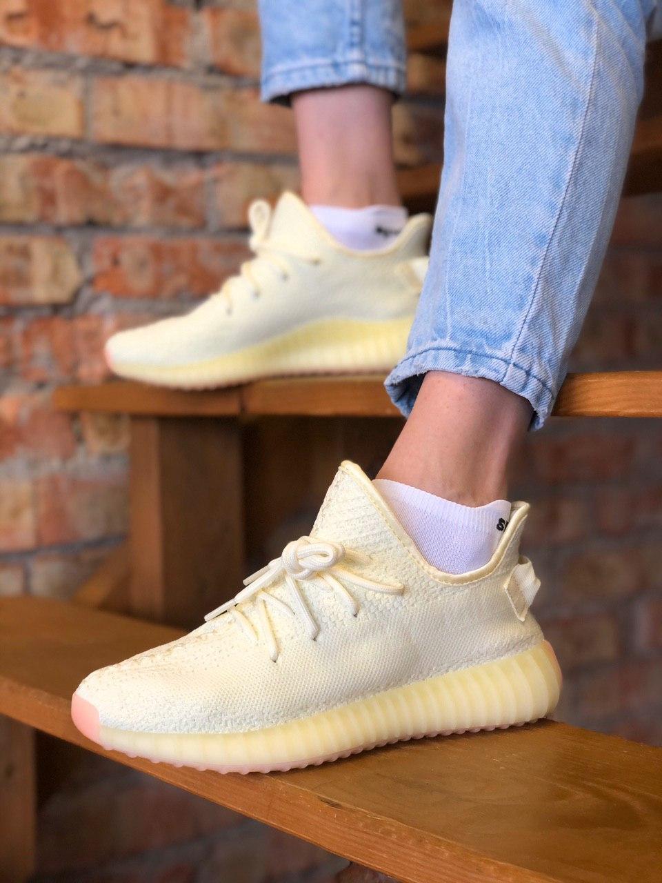 Жіночі кросівки Adidas Yeezy Boost 350, Репліка