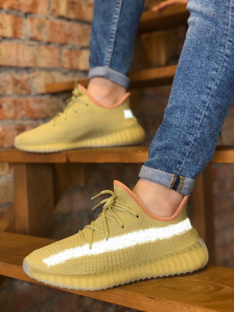 Чоловічі кросівки Adidas Yeezy 350 , Репліка