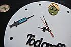 Настенные часы из дерева для косметолога с названием салона, beauty salon, для вашего кабинета, фото 3