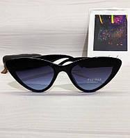 Женские солнцезащитные очки лисички Miu Miu реплика Черные с темно-синей линзой, фото 1