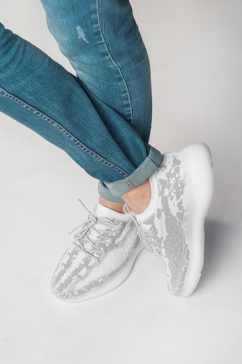 Кросівки чоловічі сірі