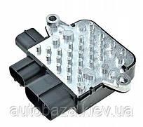 Блок управления вентиляторами Mitsubishi Outlander MR497751