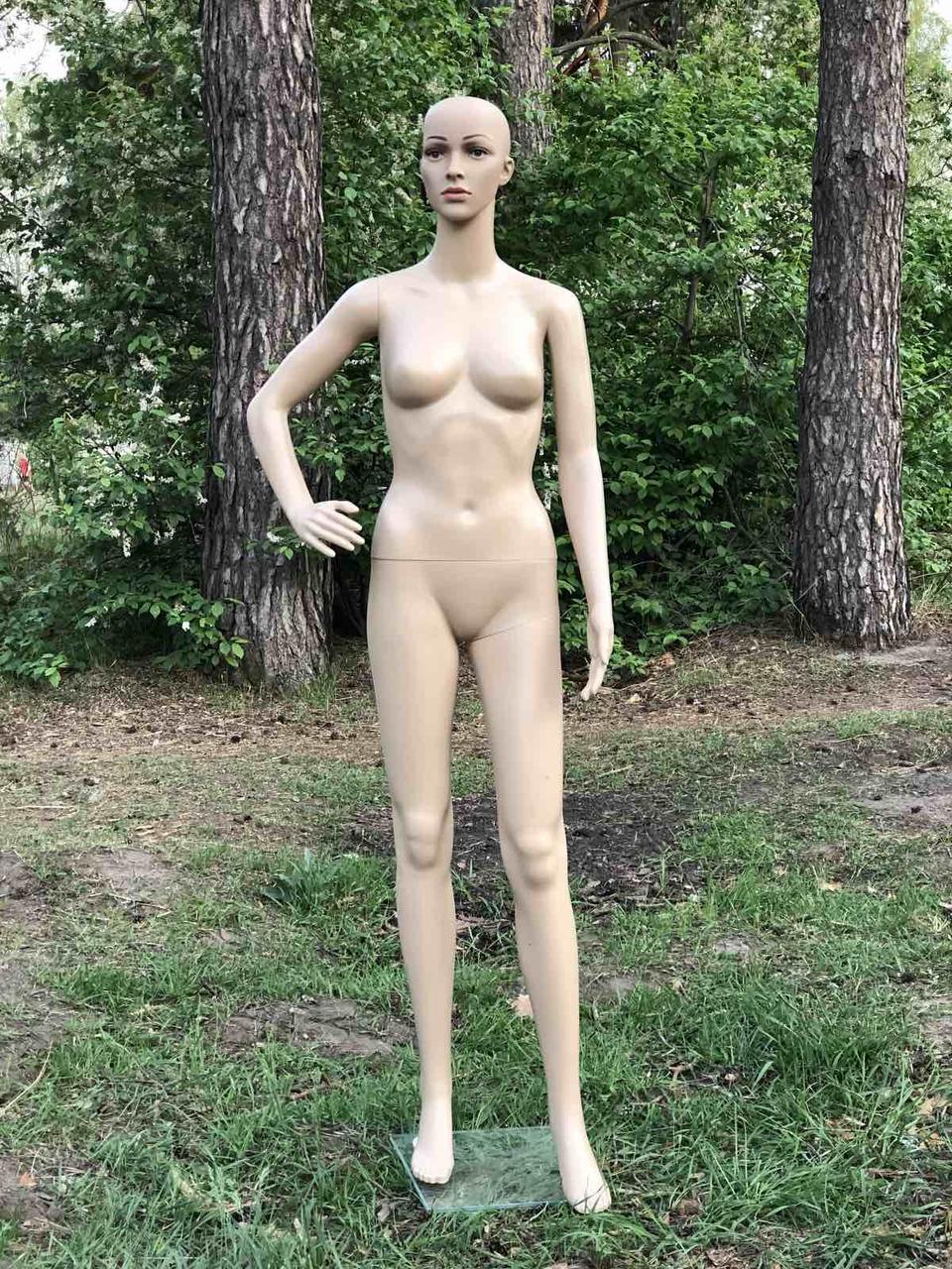 Женский телесный манекен без волос в полный рост на подставке (согнутая рука)
