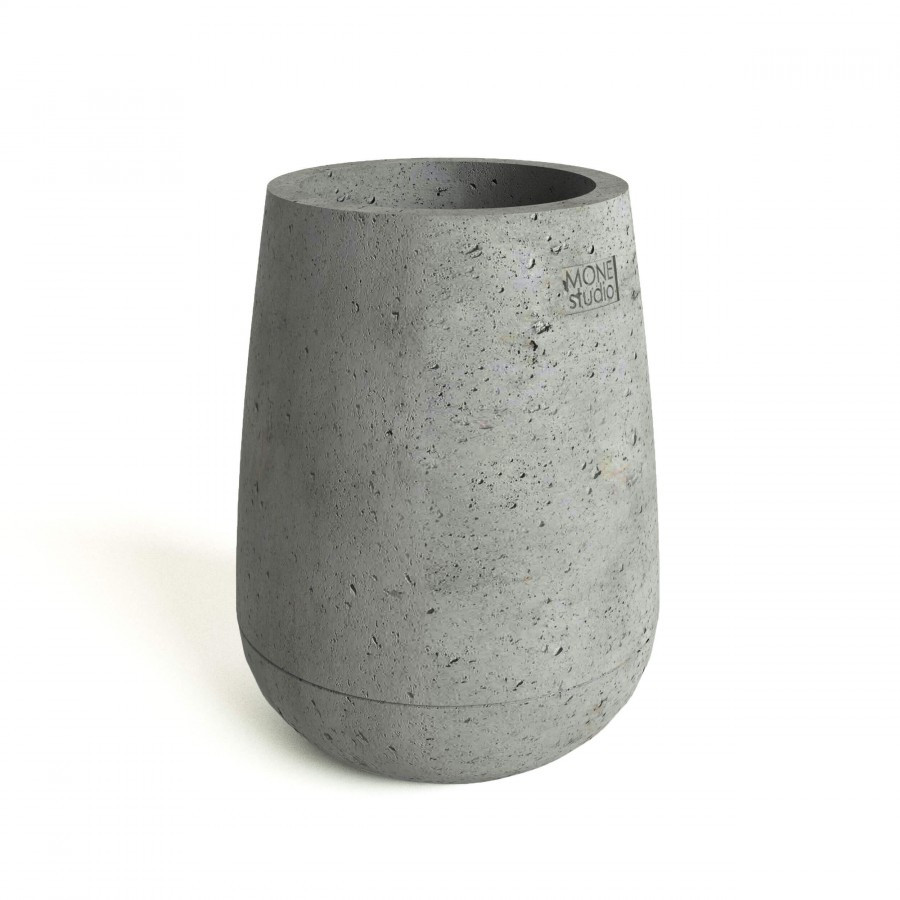 Бетонный вазон Коно