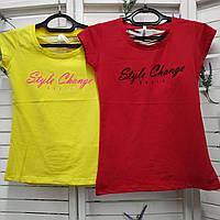 Стильная яркая трикотажная женская футболка с принтом