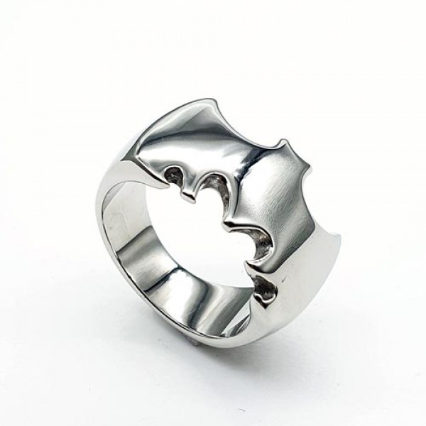 Кольцо из медицинской стали мужское Бэтмен 175941