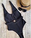 Слитный черный купальник с глубоким декольте и съемным ремешком, фото 3