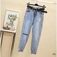 Женские голубые джинсы МОМ с вышивкой и завышенной талией 78SH473, фото 1
