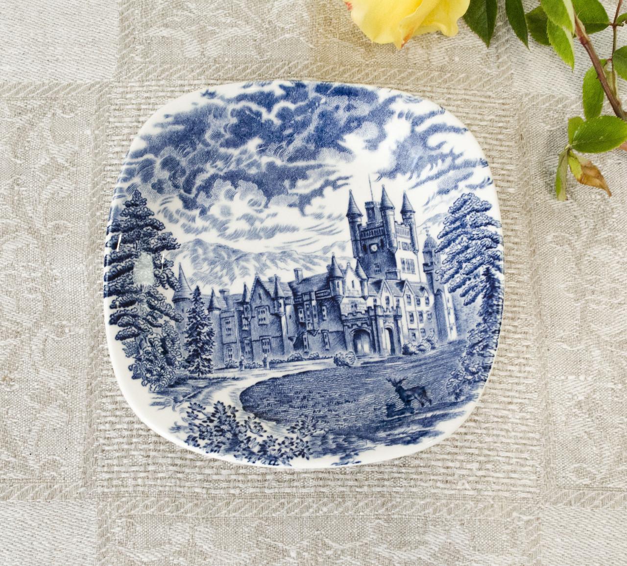 Коллекционная сине-белая фарфоровая тарелочка, Англия, Enoch Wedgwood, Royal homes of Britain