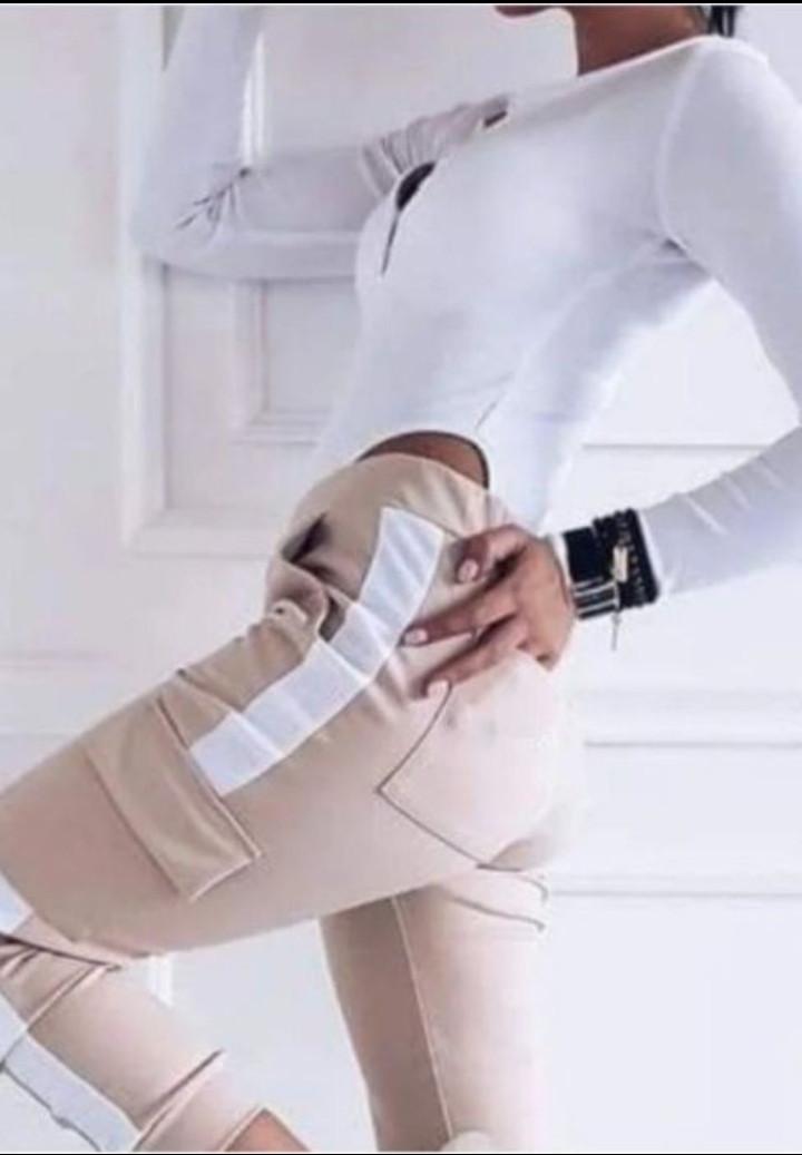 Линда Женские спортивные штаны штанишки карго джоггеры с лампасами и накладными карманами С-ка бежевые