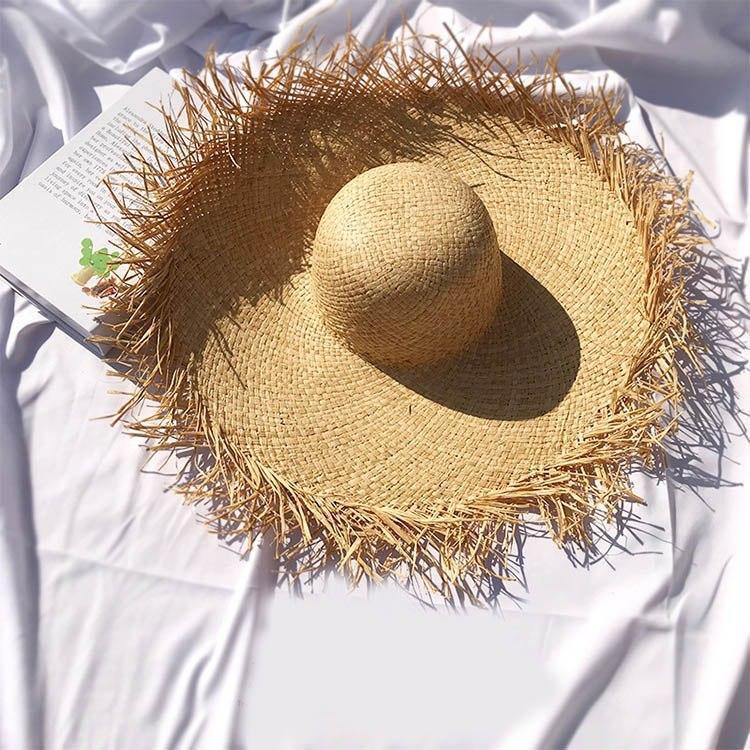 Женская соломенная шляпа с широкими прямыми полями  83gol239