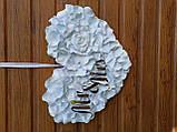 Біле серце з пелюсток троянди  з написами Mr & MRS., фото 9