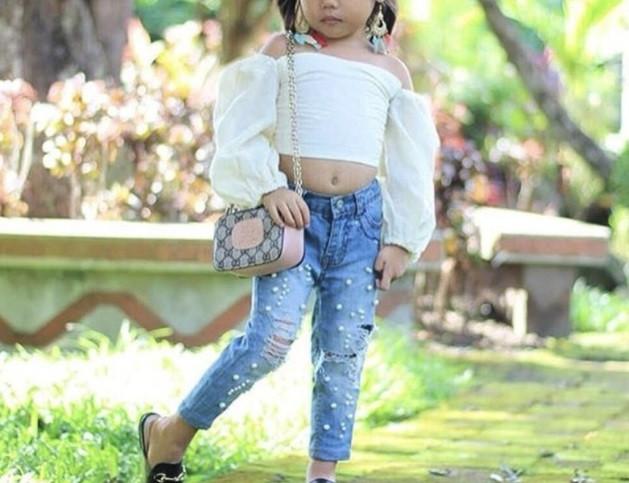 Стильный детский  костюм двойка на девочку  топ +джинсы  2,3,6 лет