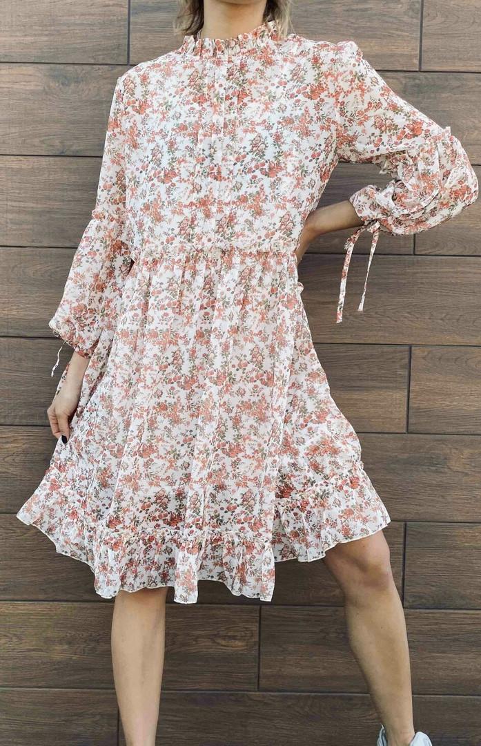 Белое шифоновое платье с цветочным принтом 23-305