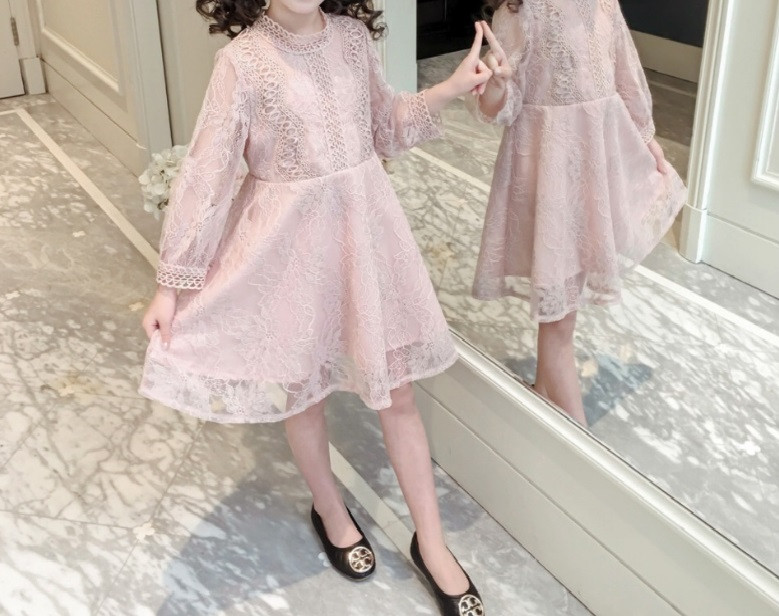 Платье  детское  на девочку  кружевное розовое 2-6 лет