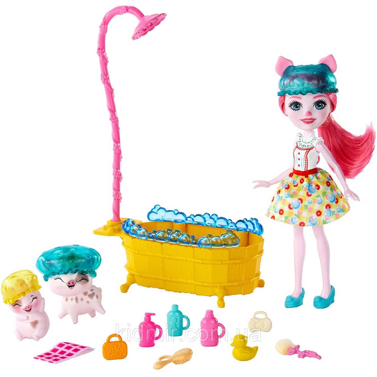 Набор Enchantimals Банный день и кукла свинка Петя Пигги GJX36