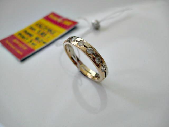 Золоте колечко 585 проби 16 розмір 1.93 грама