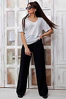 Женския футболка с удлинненым рукавом из трикотажа. Горловина V-вырез. Белая.