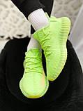 """Стильные кроссовки Adidas Yeezy Boost 350 V2 """"Glow"""", фото 7"""