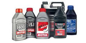 Как часто нужно менять тормозную жидкость?