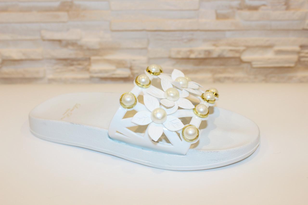 Шльопанці жіночі білі з квітами Б133 Уцінка