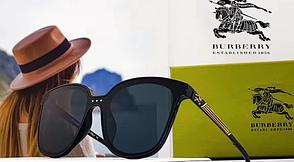 Женские солнцезащитные очки Burberry (7002)
