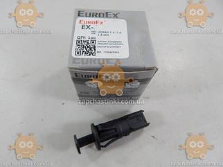 Датчик (концевик) крышки багажника DACIA LOGAN 1.4, 1.6, 1.5dCi (пр-во EuroEx Венгрия) ЕЕ 104407