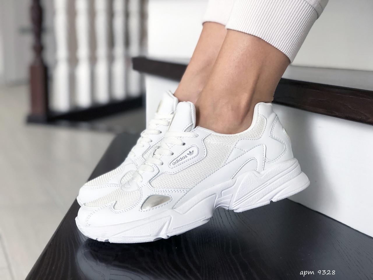 Жіночі кросівки Adidas Falcon (білі) 9328