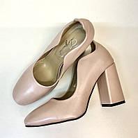 Женские туфли на устойчивом каблуке Loyana,размер 40
