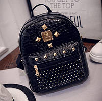 Лаковый женский рюкзак черный