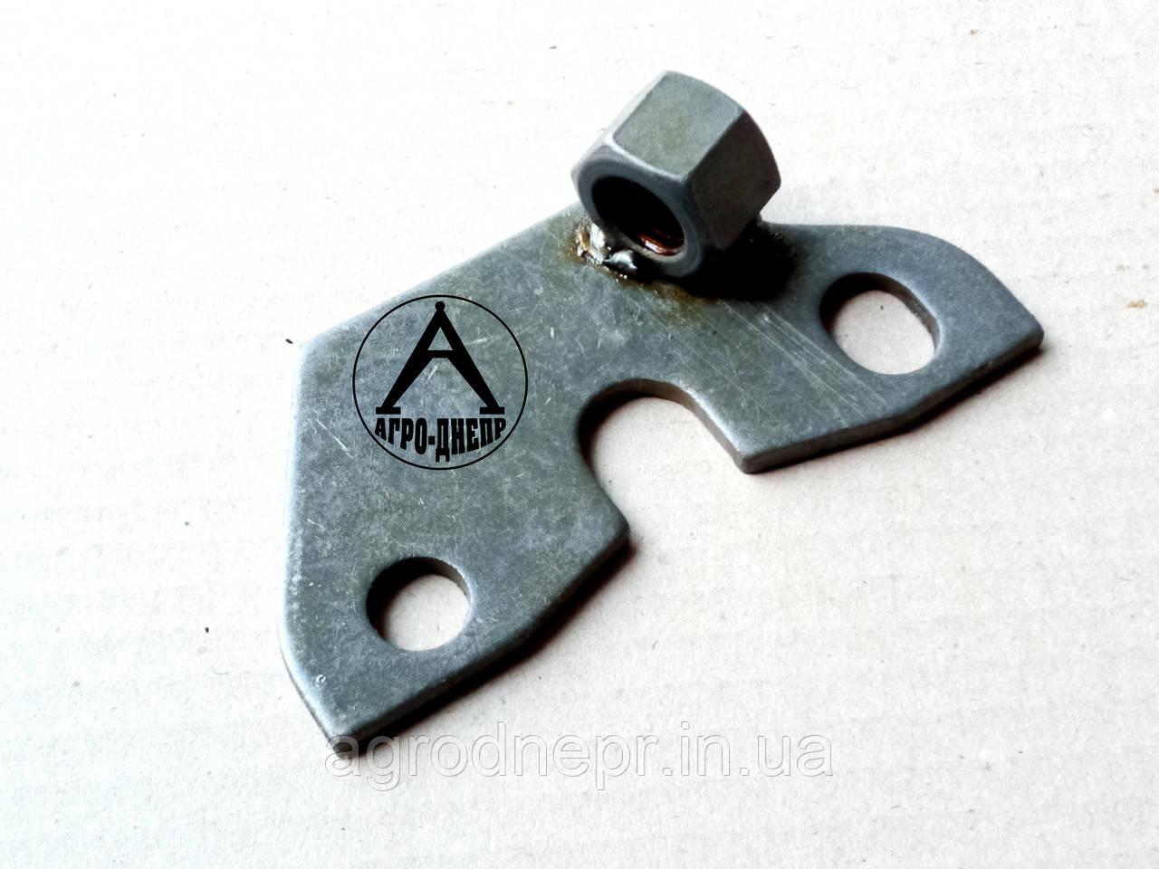 Кронштейн сервоусилителя педалі зчеплення МТЗ 80-1602075