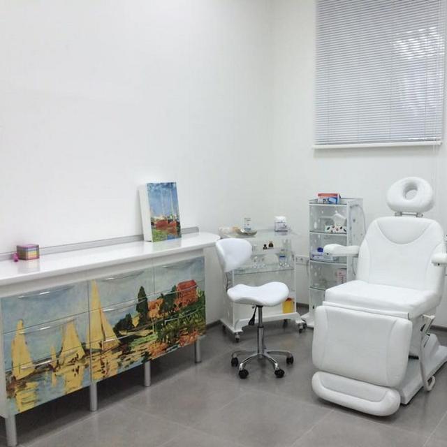 Гарнитуры для медицинских кабинетов