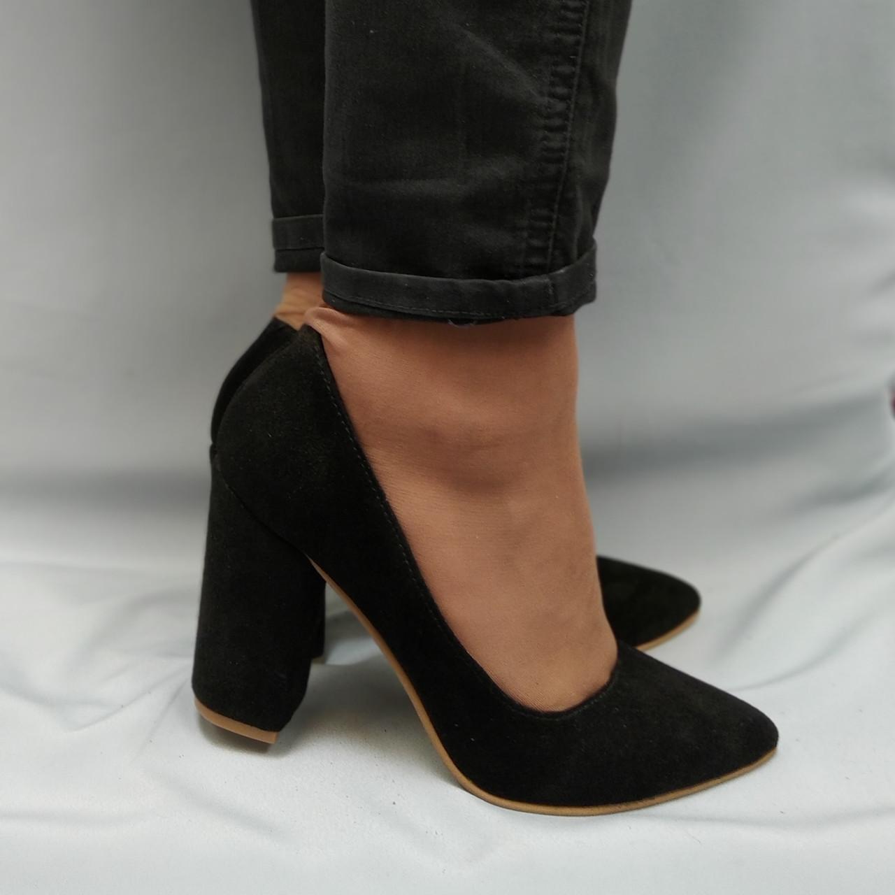 Туфли женские на каблуке замшевые черные