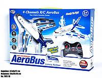 Детская игрушка Самолет AeroBus на пульте управления.