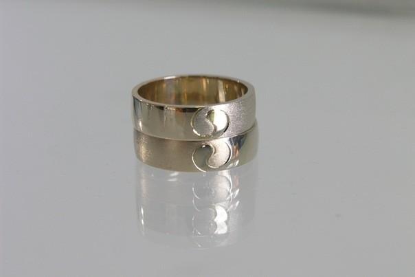 Эксклюзивные Золототые обручальные кольца