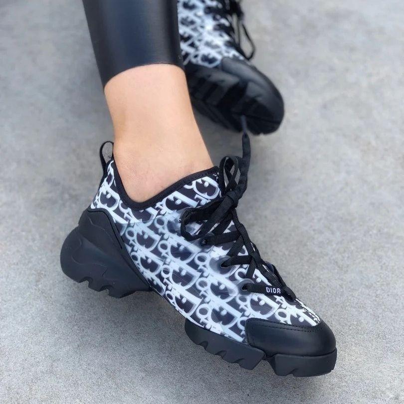 Женские кроссовки в стиле Christian Dior D-Connect