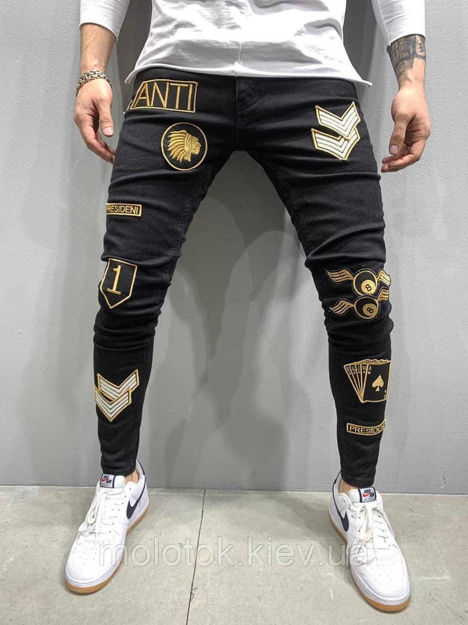 Чоловічі джинси slim з нашивками демісезонні чорні Люкс