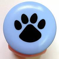 Дырокол фигурный Лапа кнопка 2,5 см