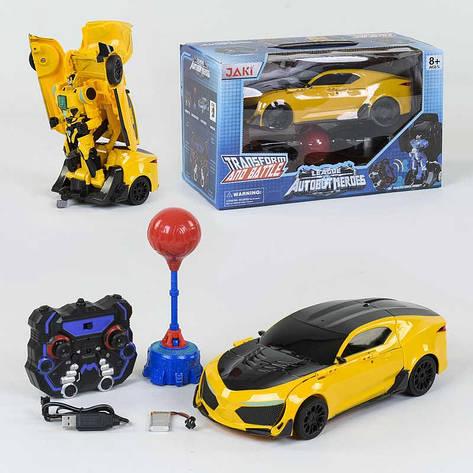 Машина-трансформер на радіокеруванні TT 687 (12) Автобот-боксер, акумулятор 3.7 V, світло, звук, в коробці, фото 2
