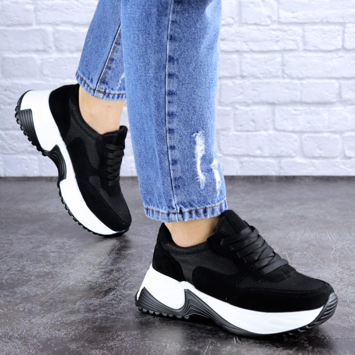 Кросівки жіночі чорні еко - замша