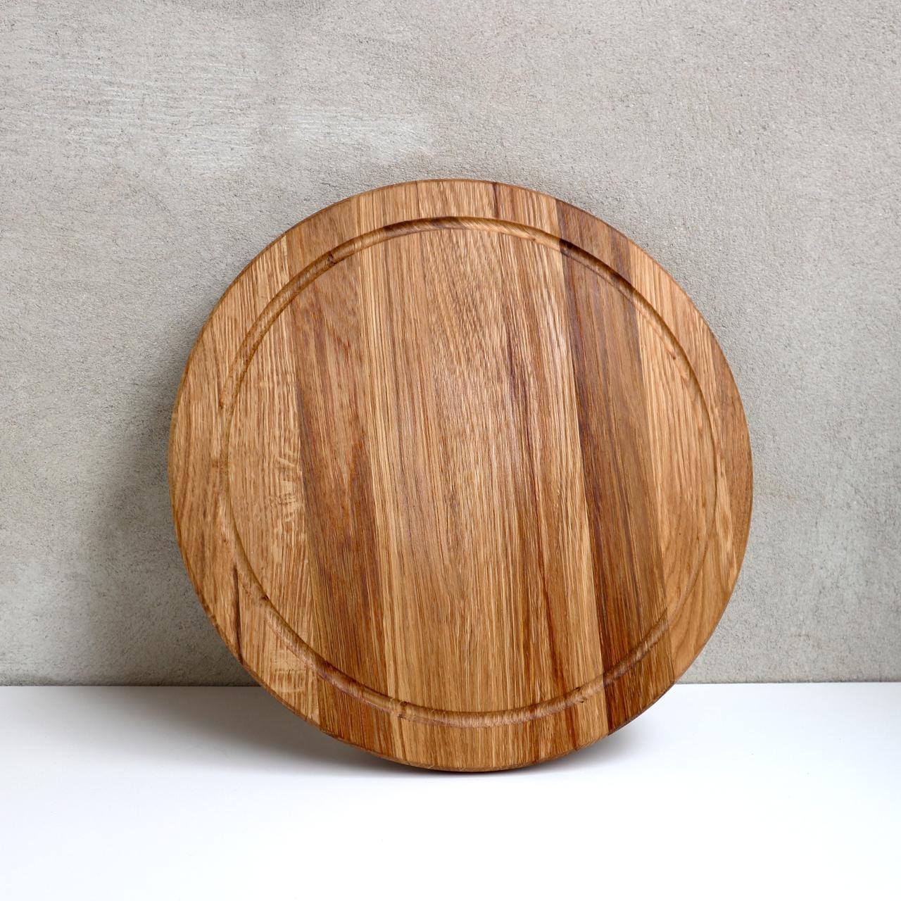 """Дерев'яна дошка для обробки з жиростоком """"Уран+"""" Дуб Lasco 28 см діаметр"""