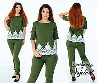 Модный женский стильный летний джинсовый костюм двойка батал: блузка+брюки (р.48-54). Арт-2213/42