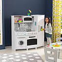 Большая игровая кухня со светом и звуками Deluxe KidKraft 53369 Large Play Kitchen with lights and sounds, фото 2