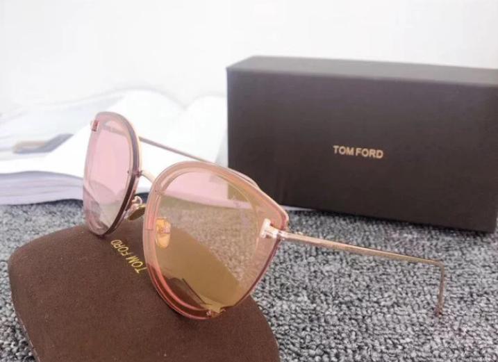 Женские солнцезащитные очки в стиле Tom Ford (7297) rose