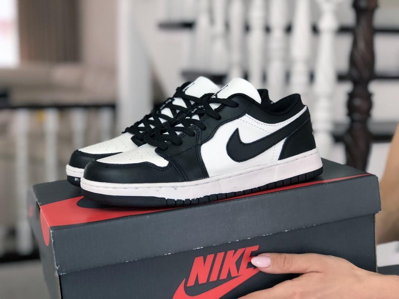 Кроссовки женские Nike Air Jordan 1 Low белые с черным