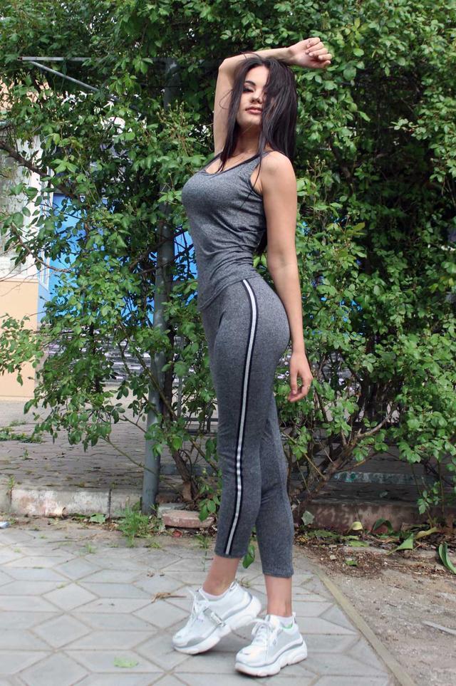 жіночий спортивний костюм на літо