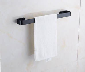 Вішалка для рушників чорна у ванну кімнату. Модель 3-101