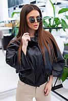 Женская короткая куртка из экокожи черный