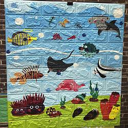 Самоклеящаяся детская 3Д панель Подводный мир для стен под кирпич декор детской ванной рыбы море, 700x770x6 мм