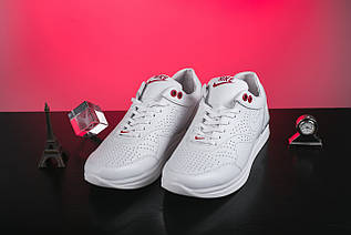 Жіночі кросівки шкіряні весна/осінь білі Onward 212